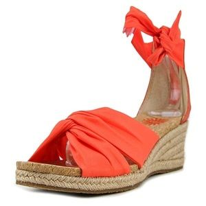 🆕UGG WOMEN WEDGE SANDAL ORANGE (Sz 6)